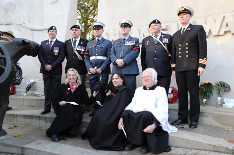 remembrance-service-2016-animals-in-war-memorial-1