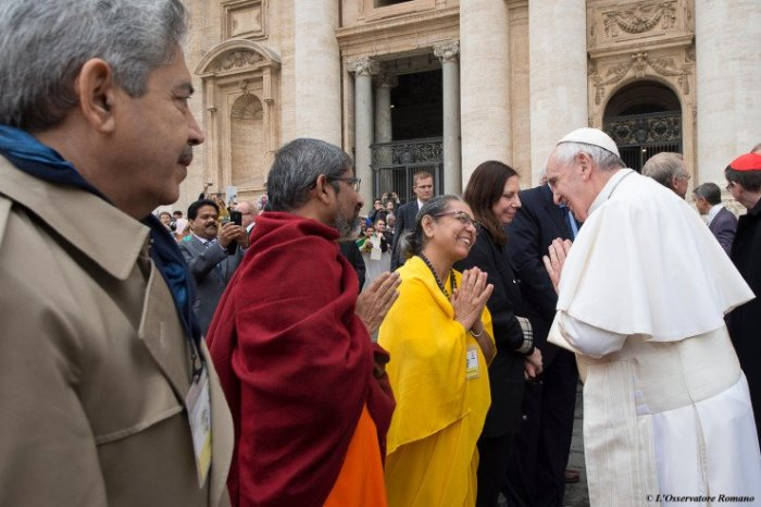 Pope Francis & Buddhists
